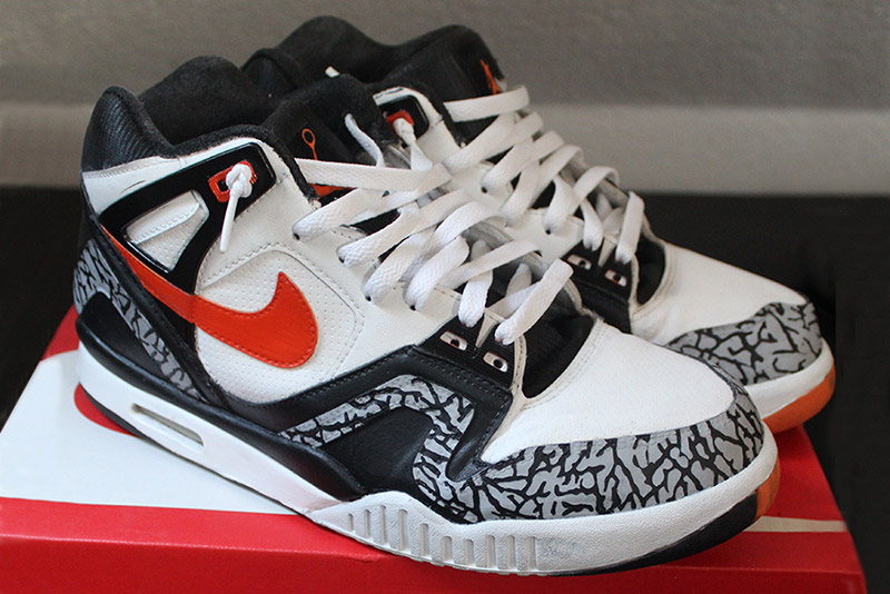 Nike Air Tech Challenge 2 Infrared 23